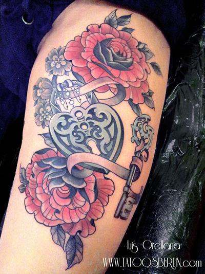 纹身图案分享--钥匙与锁纹身图案