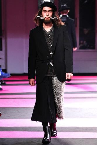 走近服装设计大师山本耀司